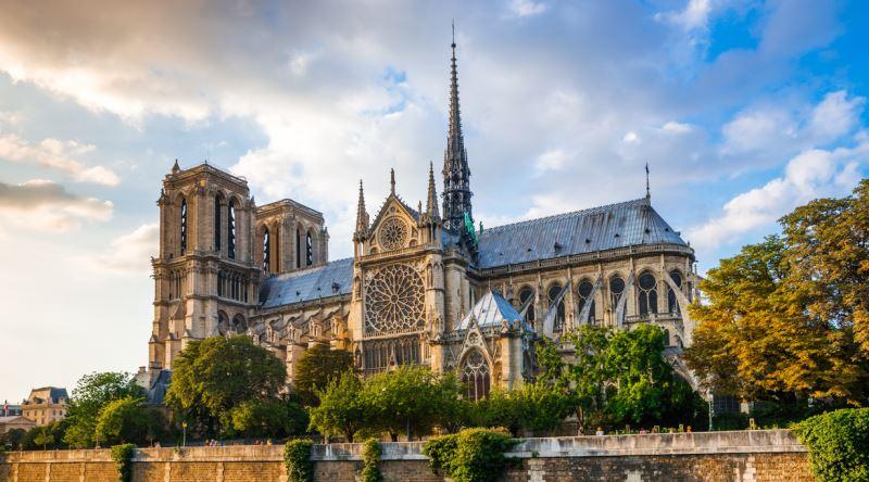 Notre Dame Katedrali'nin Hayaletleri